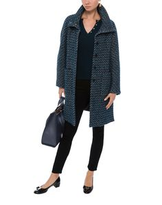Weekend MaxMara's Canon Ultramarine Tweed Coat will become your new favorite statement jacket for fall. Featuring two front pockets, belt back detail and a flattering high collar, this coat is both stylish and functional. Wear yours to create an instant update to a pair of jeans or black pants this Fall.
