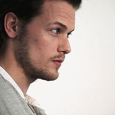 Sam Heughan in TCA 2014 photo shoot with TV Guide Magazine. (Video)