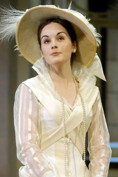 Michelle Dockery (a.k.a. Lady Mary Crawley in #Downton Abbey) on stage as Eliza #Doolittle in Shaw's #Pygmalion, 2008