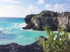 A stunning shot of Bermuda. Pin provided by Elbow Beach Cycles http://www.elbowbeachcycles.com #Bermuda +Bermuda