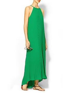Pleated Trapeze maxi Dress in emerald