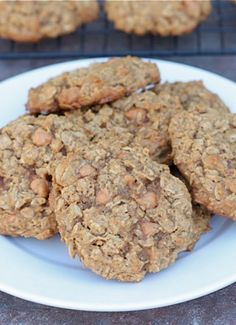 Pumpkin Oatmeal Scotchies Cookie Recipe on twopeasandtheirpod.com. A MUST make for fall! #pumpkin