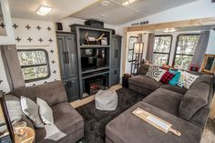 If you are looking for Interior Rv Living Ideas, You come to the right place. Below are the Interior Rv Living Ideas. This post about Interior Rv Living Ideas was. Rv Living, Tiny Living, Living Room Decor, Living Area, Travel Trailer Remodel, Travel Trailers, Camper Trailers, Rv Homes, Camper Makeover