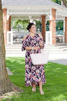 Detroit Debutante Fashion Blogger Target Who What Wear Cold Shoulder Maxi Dress Kate Spade Tote Purse