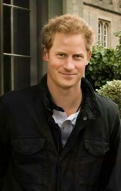 """5 Things You Didn't Know About Prince Harry 5 Things You Didn't Know About Prince Harry 5 Things You Didn't Know About Prince Harry<br> How well do you know Britain's most beloved """"funcle""""? Prince Harry Real Father, Prince Harry Divorce, Prince Harry Hair, Prince Harry Chelsy Davy, Prince Harry Military, Prince Harry Young, Prince Harry And Kate, Prince Harry Wedding, Harry And Meghan Wedding"""