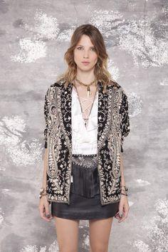 Visitá la nueva colección Invierno 16 en Rapsodia.com > Saco Barlet Aquila