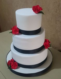 Resultado de imagen para imagen de tortas de 15 años con fondant