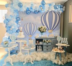 Baby Shower Decorations For Boys Blue Balloons 34 Best Ideas Idee Baby Shower, Cute Baby Shower Ideas, Baby Shower Decorations For Boys, Boy Baby Shower Themes, Baby Shower Balloons, Baby Shower Centerpieces, Baby Shower Cakes, Baby Boy Shower, Party Decoration