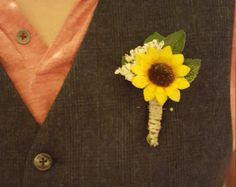 Wedding flowers Mens accessories Sunflower by BudgetWeddingBouquet