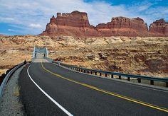 Monument Valley photos.
