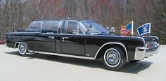 1961 Lincoln Continental    Yat Ming 1961 Lincoln Continental X-100 Presidential Limousine Quick ...
