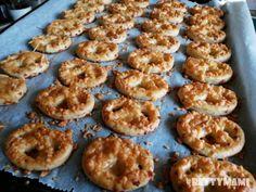 Betty hobbi konyhája Doughnut, Muffin, Breakfast, Desserts, Food, Morning Coffee, Tailgate Desserts, Deserts, Essen