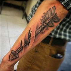 Amazing Forearm Arrow Tattoos For Men - Tattoo Ideas Cool Forearm Tattoos, Cool Tattoos For Guys, Maori Tattoos, Trendy Tattoos, Popular Tattoos, Body Art Tattoos, Men Tattoos, Awesome Tattoos, Upper Arm Tattoos For Guys
