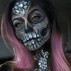 How amazing is this #halloween look from the wonderful @vicbrocca  Her diamond skull is spooky and beautiful!  So talented
