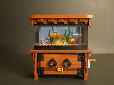A little aquarium comes to life as these LEGO fish really move [Video]
