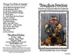 Artesanato em Feltro | Meninas Travessas |: Patti's Ratties - abelha Button Eyes, Dmc Floss, Fabric Dolls, Doll Patterns, Pattern Art, Folk Art, Primitive, Hanger, Bee