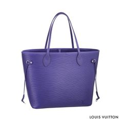 The luxurious Epi leather makes the Louis Vuitton Neverfull suitable for every occasion.