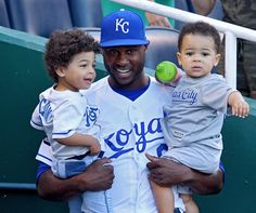 Royals Lorenzo Cain gets time with his two sons before game against Kc Royals Baseball, Baseball Season, Kansas City Royals, Eric Hosmer, No Crying In Baseball, City Pride, Win Or Lose, Love My Boys