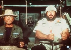 Risultati immagini per bud spencer e terence hill film Hollywood Stars, Series Movies, Tv Series, Bud Spencer Terence Hill, Cia Agent, Professional Swimmers, Mario, Western Film, For You Song