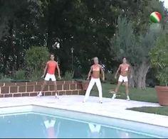 Con le lezioni di aerobica e tonificazione di Giovanna Lecis sarà un gioco da ragazzi avere una perfetta forma fisica. http://www.arturotv.tv/lezioni-fitness/lezioni-aerobica-tonificazione-giovanna-lecis
