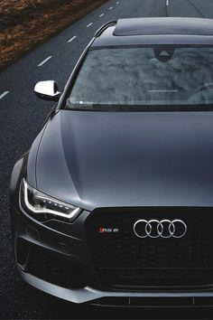 Black matt Audi RS 6