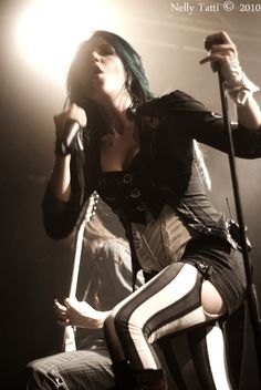 Alissa White-Gluz-The Agonist The Agonist, Heavy Metal Fashion, Alissa White, Arch Enemy, Gothic Rock, Metal Girl, Sound Of Music, Death Metal, Greatest Hits