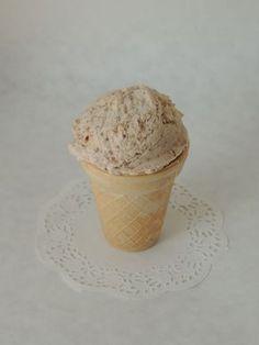 Gaštanová zmrzlina s mascarpone Food And Drink, Ice Cream, Pudding, Baking, Tableware, Desserts, Mascarpone, No Churn Ice Cream, Tailgate Desserts