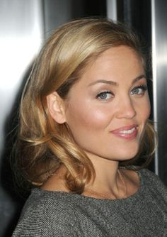 Erika Christensen stars in 'The Upside of Anger'  Produced by www.FilmBudget.com Producer Jack Binder