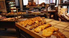 Etalagematerialen | Broeders Bakkerij Service |Machines & Onderhoud Chicken Wings, Bread, Food, Brot, Essen, Baking, Meals, Breads, Buns