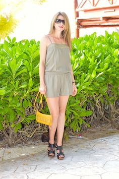 Romper Outfit | You can't go without a romper during the hot summer days. You can wear it casual or formal with heels and flats, depending on the occasion.