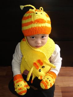 Knit Child  Giraffe 3 pcs sets hat scarf mittens orange and yellow u choose size and color. $49.99, via Etsy.
