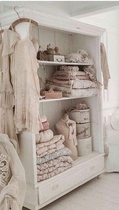 Stunning shabby chic bedroom decor ideas (4)
