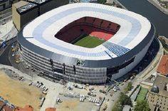 Estadio San Mamés Stadium in Bilbao Soccer Stadium, Football Stadiums, Football Fans, Rugby, San Mamés, Association Football, Athletic Clubs, Basque Country, European Football