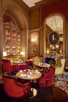 hotel interiors The new Salon Proust features a portrait of its namesake novelist, a former Ritz habitue. Architectural Digest, Hotel Paris, Paris Hotels, Rue Rivoli, Piscina Hotel, Luxury Hotel Design, Luxury Hotels, The Ritz Paris, Hotel Des Invalides