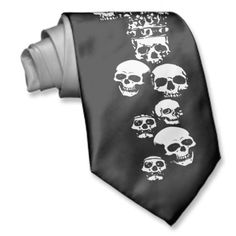 Skulls and crowned skull Tie