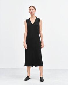 U-neck Dress Black