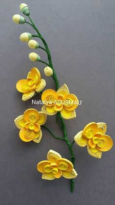 Yellow Orchids - Quilled by: Natalya Asusmau - Quilling Ideas Quilling Flowers Tutorial, Paper Quilling Flowers, Paper Quilling Patterns, Quilling Paper Craft, Quilling Craft, Paper Crafts, Quilled Roses, Neli Quilling, Origami