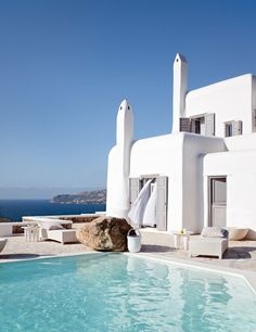 Welcome to the our finest villa rental online in Mykonos, Greece. We providing luxury private villas in mykonos occupy prime sea-front property on a low incline rising gently over the pristine Psarou Beach in Mykonos Blu beach resort. Oh The Places You'll Go, Places To Travel, Places To Visit, Dream Vacations, Vacation Spots, Greece Vacation, Mykonos Grecia, Mykonos Island, Santorini Greece