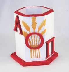 Alpha Omicron Pi pencil cup - These are so cute, I want them on the study tables in the house :) Little Sister Gifts, Gifts For Your Sister, Little Sisters, Alpha Omicron Pi, Kappa Kappa Gamma, Alpha Chi, College Sorority, Sorority Sisters, Custom Stencils