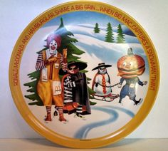 Awesome Retro Mcdonaldland Plastic 10 inch Christmas Great Plate Hamburgular