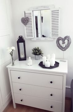 Decorate dresser- Kommode dekorieren Chest of drawers decorate Chest of drawers decorate The post dresser decor appeared first on apartment ideas. Living Room Decor, Living Spaces, Bedroom Decor, Bedroom Ideas, Interior Decorating, Interior Design, Dresser As Nightstand, Dresser Ideas, My Room