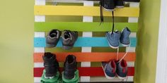 Shoe Rack From One Recycled Pallet Shelves & Coat Hangers
