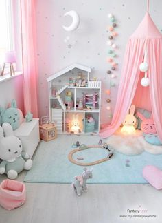 Rosa & Mint: a dream combination for girl& room! - Melissa Pujols Rosa & Mint: a dream combination for girl& room! Baby Room Design, Baby Room Decor, Nursery Room, Nursery Set Up, Toddler Room Decor, Girls Bedroom, Girl Bedroom Designs, Diy Bedroom, 4 Year Old Girl Bedroom