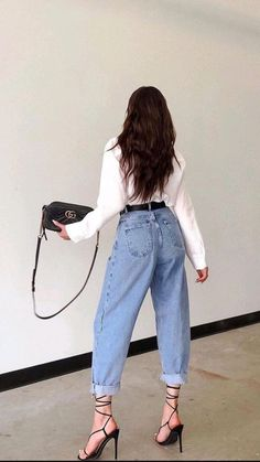 Classy Outfits, Stylish Outfits, Girl Fashion, Fashion Outfits, Womens Fashion, Style Fashion, Look Kylie Jenner, Look Jean, Mode Grunge