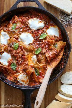 Easy skillet lasagna, ready in just 30 minutes! Recipe from @bakedbyrachel:
