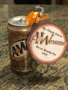 Cheer Team Gifts, Cheer Coaches, Cheer Mom, Football Treats, Football Cheer, Softball, Staff Gifts, Thank You Teacher Gifts, Football Locker Signs