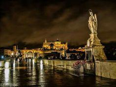 San Rafael en el puente romano