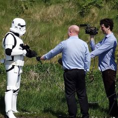 Not someone you meet every day!  Star Wars is currently filming in Donegal (there's reportedly a Millenium Falcon on site) and one of these guys must have decided to check out the scenery. He was spotted by @badcumpany among others.