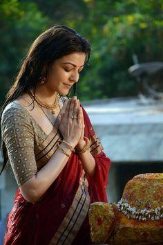 Bollywood Stars, Bollywood Actress Hot, Beautiful Bollywood Actress, Beautiful Actresses, Tamil Actress, Beautiful Girl Photo, Beautiful Girl Indian, Most Beautiful Indian Actress, Beautiful Saree