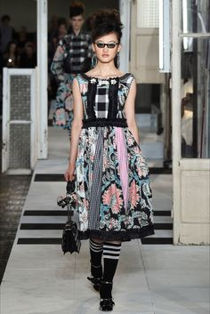 Take a look to Antonio Marras Spring Summer 2017 Ready-To-Wearcollection: the fashion accessories and outfits seen on Milano runaways.